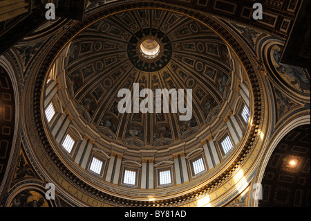 italy, rome, st peter's basilica interior, dome - Stock Photo
