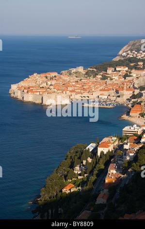 Elk192-3184v Croatia, Dalmatian Coast, Dubrovnik, city walls - Stock Photo