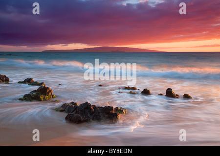 Sunset at beach in Wailea. Maui, Hawaii - Stock Photo