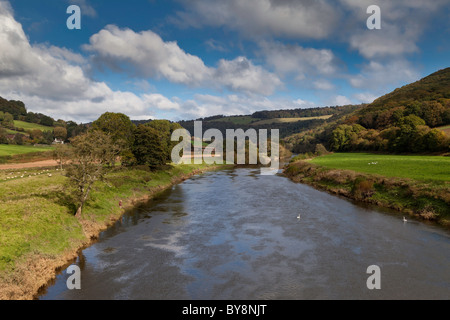 MEN FISHING FOR SALMON ON RIVER WYE UPSTREAM FROM BIGSWEIR BRIDGE WALES ENGLAND BORDER. - Stock Photo