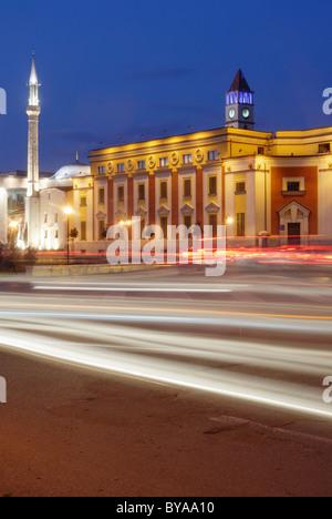 Skanderbeg square Et'hem Bey Mosque on the left, Tirane, Albania - Stock Photo