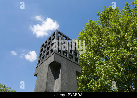 Memorial to the victims of the Nazi tyranny by Andreas Sobeck, 1985, on Platz der Opfer des Nationalsozialismus - Stock Photo