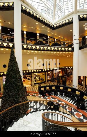 Interior, luxury department store Quartier 206, by architect Henry Cobb, Friedrichstadt-Passagen, Friedrichstrasse - Stock Photo