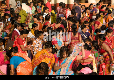 Crowd in front of a Kali temple, Calcutta, Kolkata, India, Asia - Stock Photo