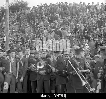 Silver Band and crowd Selkirk Common Riding 1929 - Stock Photo