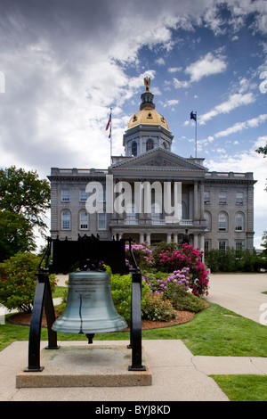 USA, New Hampshire, Concord, A replica of the Liberty Bell stands in front of the New Hampshire State House - Stock Photo