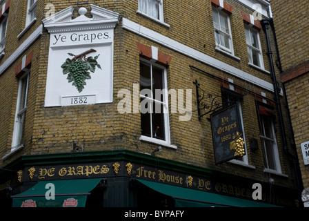 Ye Grapes Public House Shepherd Market London W1 - Stock Photo