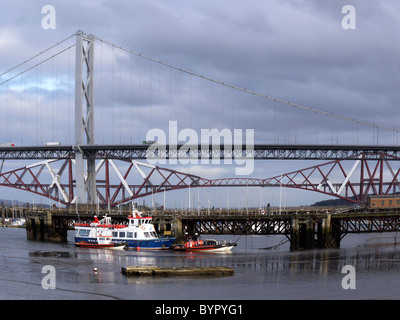 Port Edgar (South Queensferry, Scotland) with the Forth road and rail bridges in the background - Stock Photo