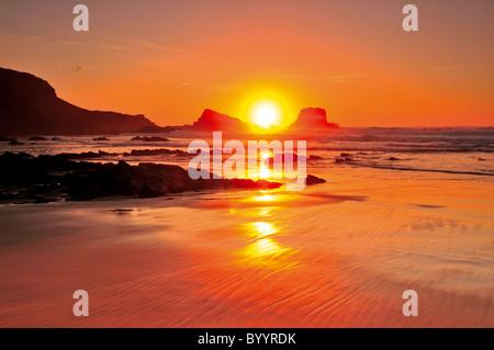 Portugal, Algarve: Sundown at Praia do Amado