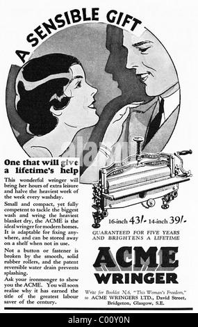 1920s advertisement in consumer magazine for the ACME WRINGER household appliance - Stock Photo