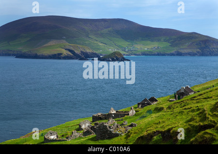 Evacuated Cottages on Great Blasket Island, The Blasket Islands, Off Slea Head on the Dingle Peninsula, County Kerry, - Stock Photo