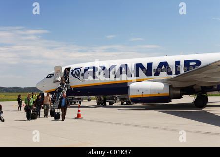 Boeing 737 plane of the Irish low-cost airline Ryanair, Memmingen airport, Bavaria, Germany, Europe - Stock Photo