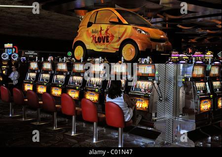 Slot machines in the 5-star Mirage Hotel, Las Vegas, Nevada, USA, North America - Stock Photo
