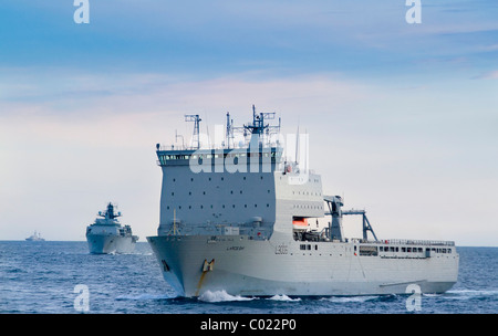 The Royal Fleet Auxiliary Largs Bay and HMS Albion being shadowed by a Russian spy ship in the Baltic - Stock Photo
