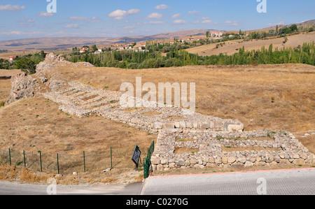 Hattusa walls, Bogazköy, Turkey 101003_38760 - Stock Photo