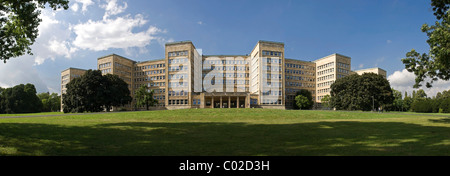 Panorama of the Johann Wolfgang Goethe University, former IG Farben building, Poelzig-Bau building, Campus Westend - Stock Photo
