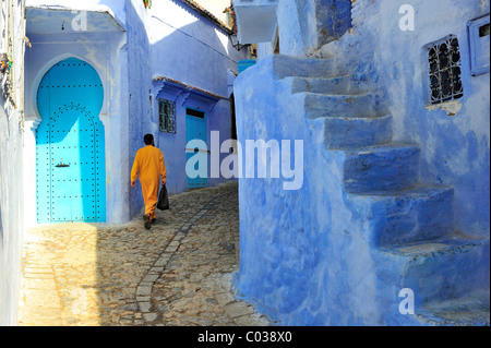 Narrow streets and staircase in the medina of Chefchaouen, Riff Mountains, Morocco, Africa - Stock Photo