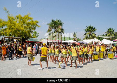 Group of drummers, dance group, Las Dalias hippy market, Sant Carles de Peralta, San Carlos, Ibiza, Pityuses, Balearic - Stock Photo