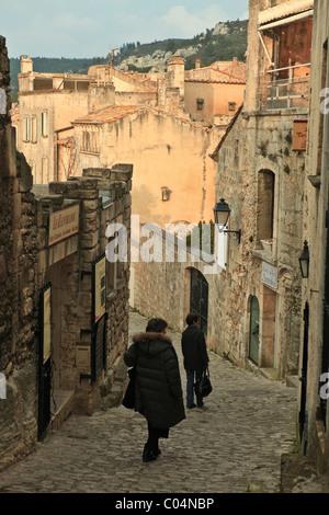 Les Baux de Provence :stiff street - Stock Photo