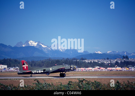Boeing B-17G Flying Fortress taxiing on Runway at Abbotsford International Airshow, BC, British Columbia, Canada - Stock Photo