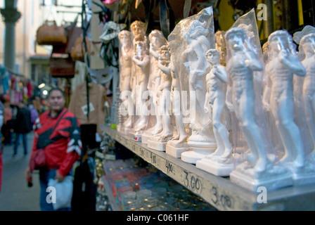 Souvenirs for sale, Loggia del Mercato Nuovo or Loggia del Porcellino, Firenze, UNESCO WORLD Heritage Site, Tuscany, - Stock Photo
