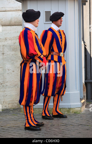 Swiss Guards, St. Peter's Basilica, St Peter's Square, Vatican City, Rome, Italy, Europe - Stock Photo