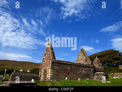12th Century Kilmalkedar Church, Near Ballyferriter, Dingle Peninsula, County Kerry, Ireland - Stock Photo