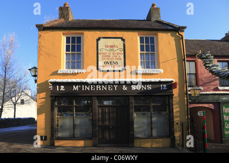 A traditional Irish Shopfront at Bunratty, Co Clare, Rep of Ireland. - Stock Photo