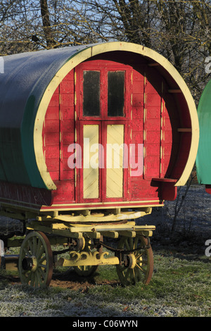 An old gypsy caravan at Bunratty Folk Park, Co. Clare, Rep. of Ireland. - Stock Photo