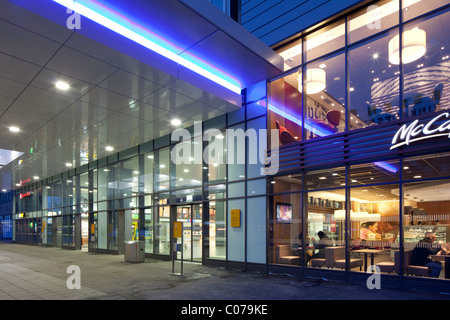 Central station, Essen, Ruhrgebiet region, North Rhine-Westphalia, Germany, Europe - Stock Photo
