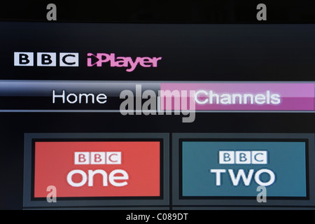 UK, Europe. Close-up of a flatscreen television showing BBC iPlayer beta channels on Freesat screen - Stock Photo