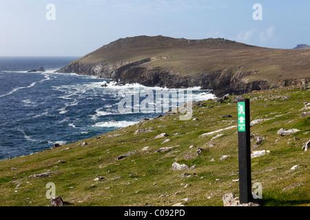 Trail blaze, Dunquin, Dingle Peninsula, County Kerry, Ireland, British Isles, Europe - Stock Photo