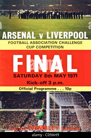 Cover of 1971 FA Cup Final programme Arsenal v Liverpool - Stock Photo