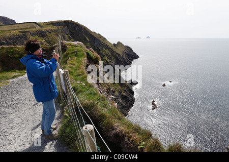 Steep coast, Skelling View viewpoint near Portmagee, Skellig Ring, County Kerry, Ireland, British Isles, Europe - Stock Photo