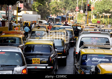 India, state of Maharashtra, Mumbai (aka Bombay). Typical commuter traffic in downtown Mumbai. Stock Photo