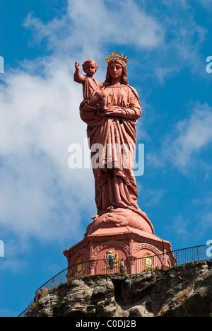 Notre Dame De France Madonna &child cast iron statue tourists around base. Rocher Corneille Le Puy-en-Velay , Auvergne, - Stock Photo