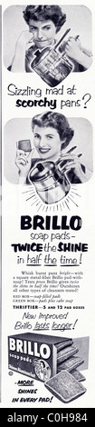 Advertisement in 1950s American magazine for BRILLO scouring pads - Stock Photo