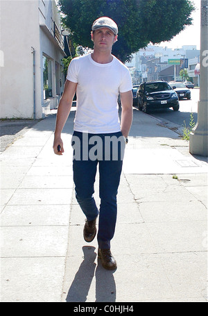 Ryan gosling heads to blueprint furniture store in west hollywood ryan gosling heads to blueprint furniture store in west hollywood after leaving a hair salon on malvernweather Choice Image