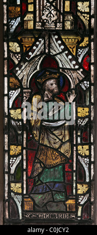 A 14th century stained glass window depicting St Edward the Confessor, St John Baptist Church, North Luffenham, - Stock Photo