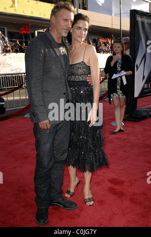 Callum Keith Rennie and Amanda Peet World Premiere Of The X Files 'I want to Believe' at the Grauman Chinese theater - Stock Photo