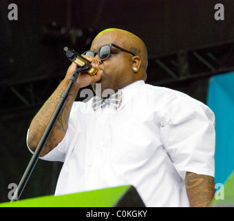 Cee-Lo of Gnarls Barkley performing at the AT&T Stage at Lollapalooza 2008 held at Grant Park Chicago, Illinois - Stock Photo