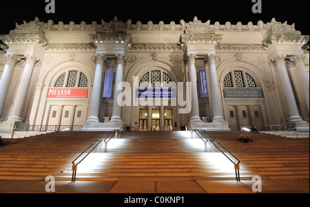 Exterior of the Metropolitan Museum of art in new York City. July 15, 2010. - Stock Photo