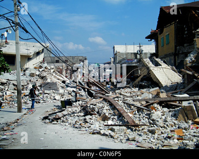 Central Port au Prince after the Haiti earthquake - Stock Photo