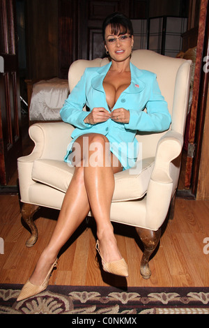 Lisa Ann, as Serra Paylin, the lookalike of Governor of ...