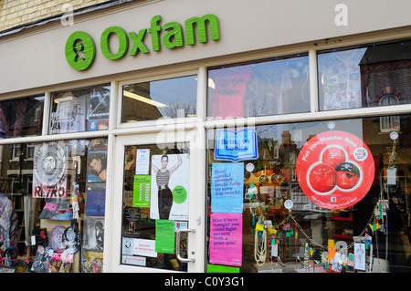 Oxfam Charity Shop, Mill Road, Cambridge, England, UK - Stock Photo