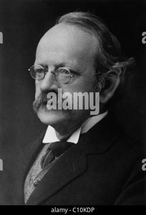 British physicist Sir Joseph John 'J. J.' Thomson (1856 - 1940) - winner of the Nobel Prize in Physics in 1906. - Stock Photo