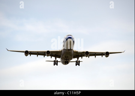 Aircraft before landing in Vancouver - Stock Photo