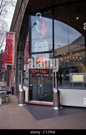 Archduke Wine bar, Southbank, London - Stock Photo