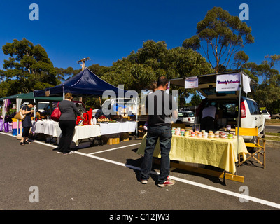 Car Boot market, vendors selling produce and second hand goods. - Stock Photo