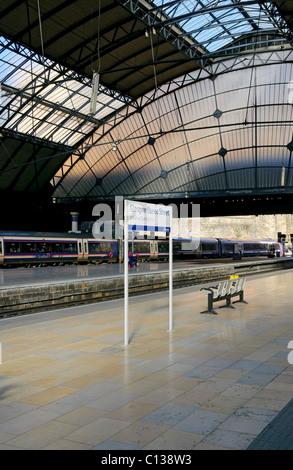 Queen Street Station, Glasgow, Scotland. - Stock Photo